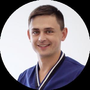 доктор стоматолог ортопед Савин Роман Николаевич